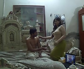 Chubby Indian Bhabhi Tantalizing Homemade Sex