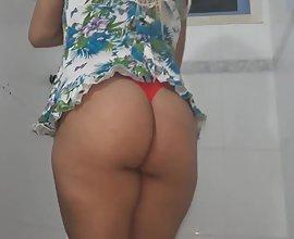 Big ass desi punjabi bhabhi strips naked taking shower