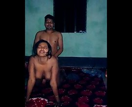 Classic Voyeur Indian Sex Of Next Door Bhabhi Homemade MMS