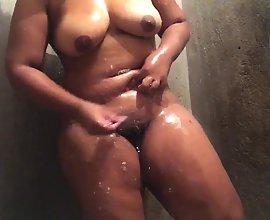 Big Busty South Indian Bhabhi Shaving Pussy In Bathroom