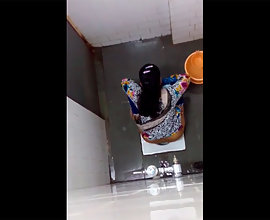 Young Indian Girl Peeing Filmed By Hidden Cam