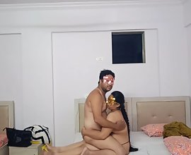 Doodhwali Indian bhabhi seducing her brother in law in hotel